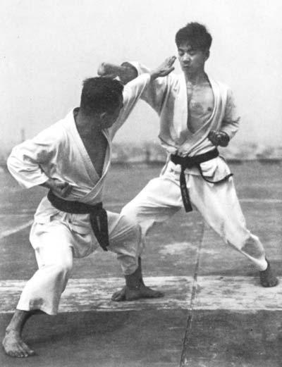Масатоши Накяма - Шотокан Карате До